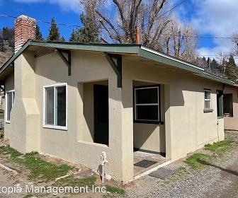 517 Quarry Street, Susanville, CA