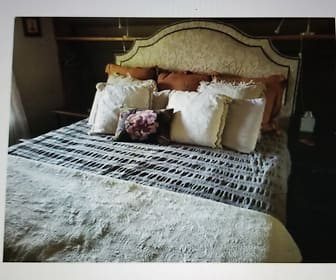 Bedroom, 305 E. French Pl