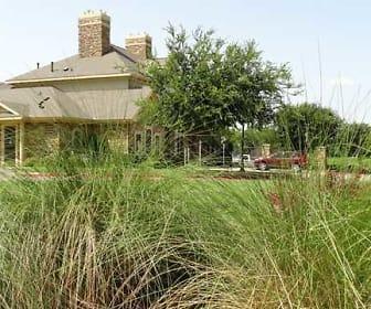Landscaping, Providence at Prairie Oaks