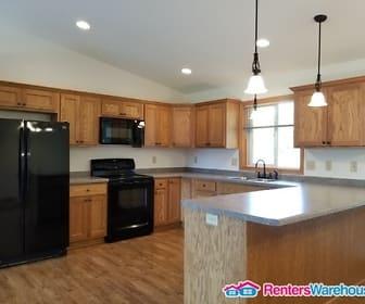 Kitchen, 2215 Mississippi Ave