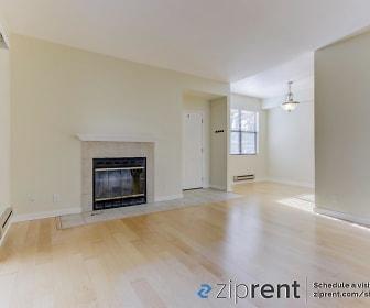 Living Room, 83 Shoreline Ct
