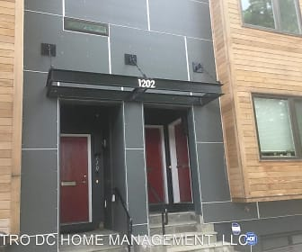 1202 Jackson Street NE Unit 111, Brentwood, MD