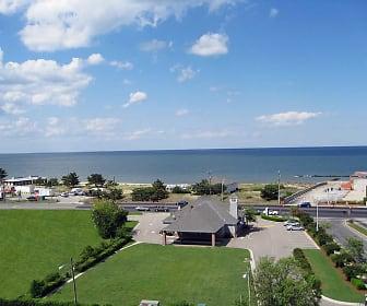Views of the Chesapeake Bay, Royal Mace Apartments