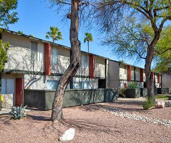 Midtown on Seneca, Art Center Design College, AZ