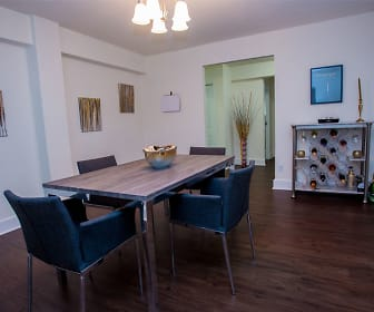 Dining Room, 429 Apartments