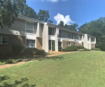 Laketree Manor Apartments, North Chesterfield, VA