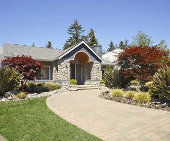 Leasing Office, Cascade Ridge