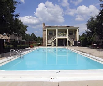 Pool, Eastwood Oaks