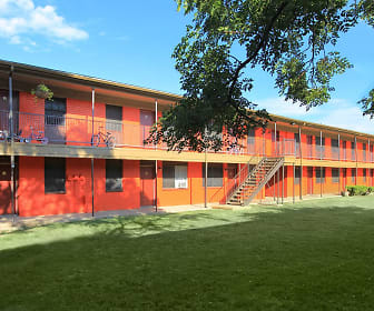 Villas de la Colonia, Carrollton, TX