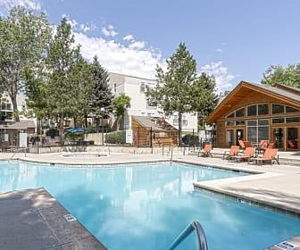 Pool, Glen at Lakewood