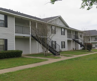 Village Green Apartments, Ruston, LA