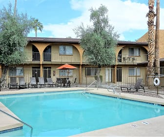 Courtyard At Encanto, Fortis College  Phoenix, AZ