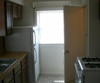 Kitchen, 6143 Mead Street