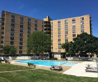 The Revere Apartments, Philadelphia, PA