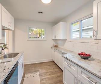 Kitchen.jpeg, 1321 E. Harry Avenue