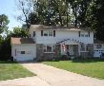 1420 Laura Avenue, Lancaster, OH