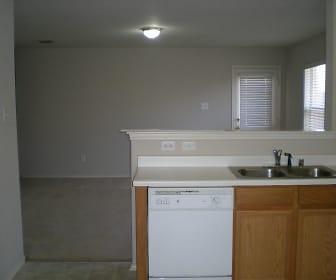 306 Bonnie Ct, Van Alstyne, TX