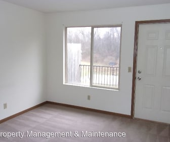 Prairie Ridge Apartments, Olive Township Elementary School, New Carlisle, IN