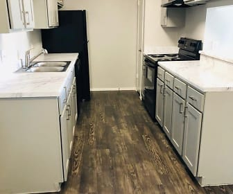 Oaks at Creekside  Apartments - Temple, TX - Newly Remodeled - Next to Jaycee Park, Oaks at Creekside Apartments