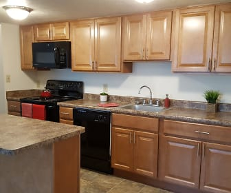 Updated Kitchen, North Pointe Commons