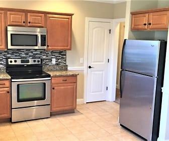 Kitchen, 1131 Longwood Drive