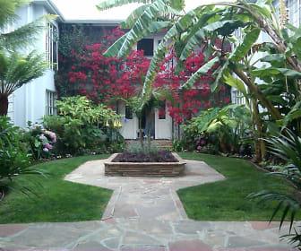 9933 Robbins Dr, Beverly Hills, CA