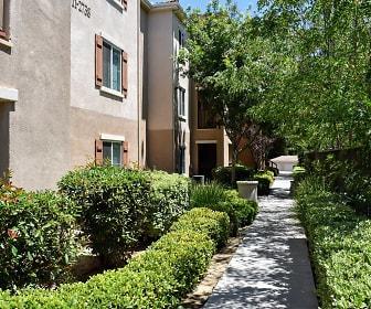 Silverado Luxury Apartment Homes, Murrieta, CA