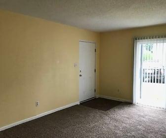 Living Room, Sharlton Manor Apartments