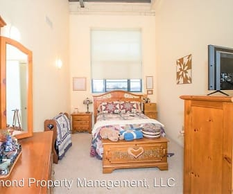 Amity Apartments, 53095, WI