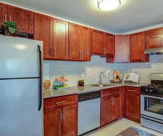 Kitchen, Franklin Park at Greenbelt Station