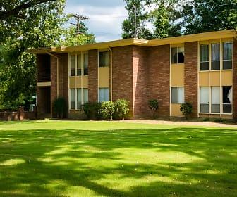 Allison Gardens, Crichton College, TN