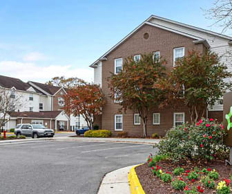 Furnished Studio - Virginia Beach, ECPI College of Technology, VA