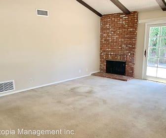 Living Room, 444 S. Cambridge St.