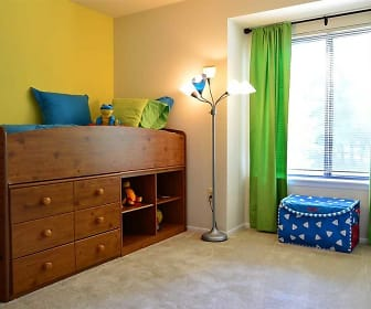 Bedroom, Mountain Ridge