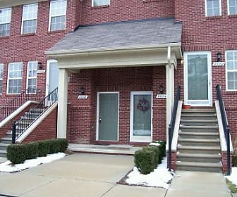 23384 Cornerstone Village Drive, Southfield, MI