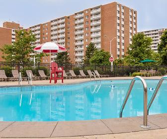 Pine Ridge Apartments, Pine Ridge, Willoughby Hills, OH