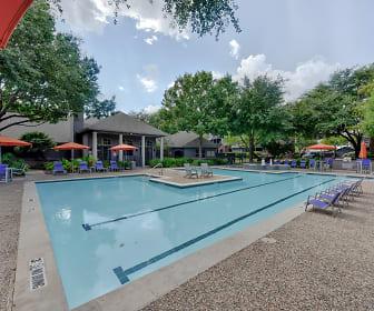 Pool, Alon at Castle Hills