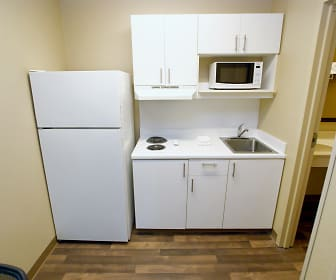 Kitchen, Furnished Studio - Little Rock - Financial Centre Parkway