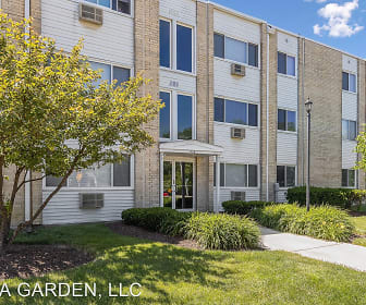 Villa Garden Apartments, Addison, IL