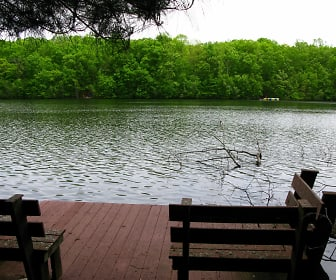 10 deck w benches looking at lake (1280x960).jpg, 392 Hallowood Dr.