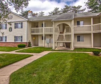 Steeplechase Apartments & Townhomes, Toledo, OH