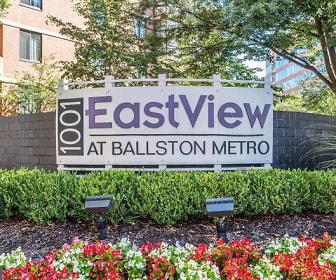 Eastview, 1001 N. Randolph St, Apt 423