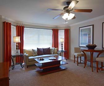 Living Room, Park Plaza at Belvidere