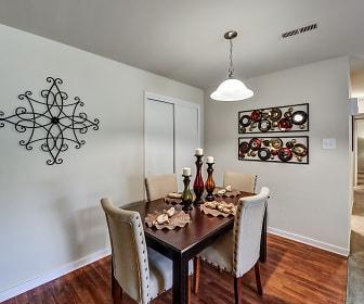Dining Room, Hunters Ridge