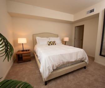 Bedroom, Diamond Creek