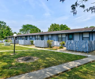 Sandalwood/Springwood Apartments, Ashland University, OH