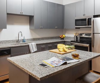 Kitchen, Onyx