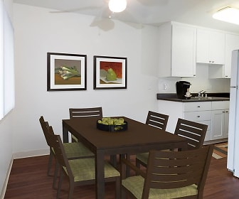 Dining Room, eaves Creekside