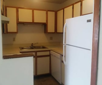 Kitchen, Mission Forest Apartments