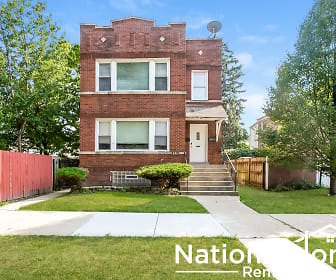 4319 W Roscoe St Unit 2, Montclare, Chicago, IL